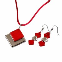 Set of red glass jewelry PLATINUM . 0901