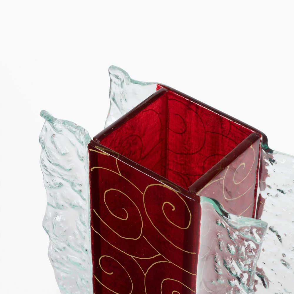 Red glass vase JUNE with lace