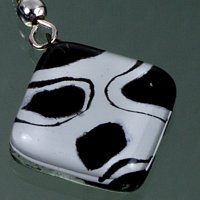 Glass earrings black and white LENORE N1701