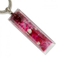 Cut, glass jewel in burgundy color PRV0813