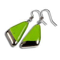 Glass earrings PLATINUM green NP1401