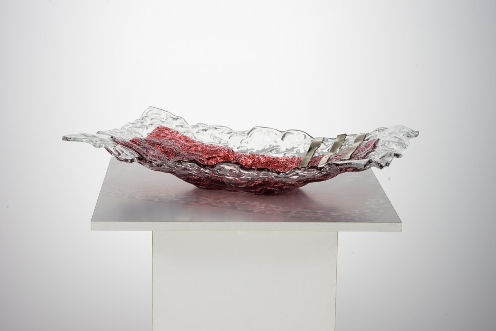 Ruby bowl with lace