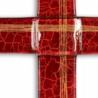 Ruby glass wall cross – with lines