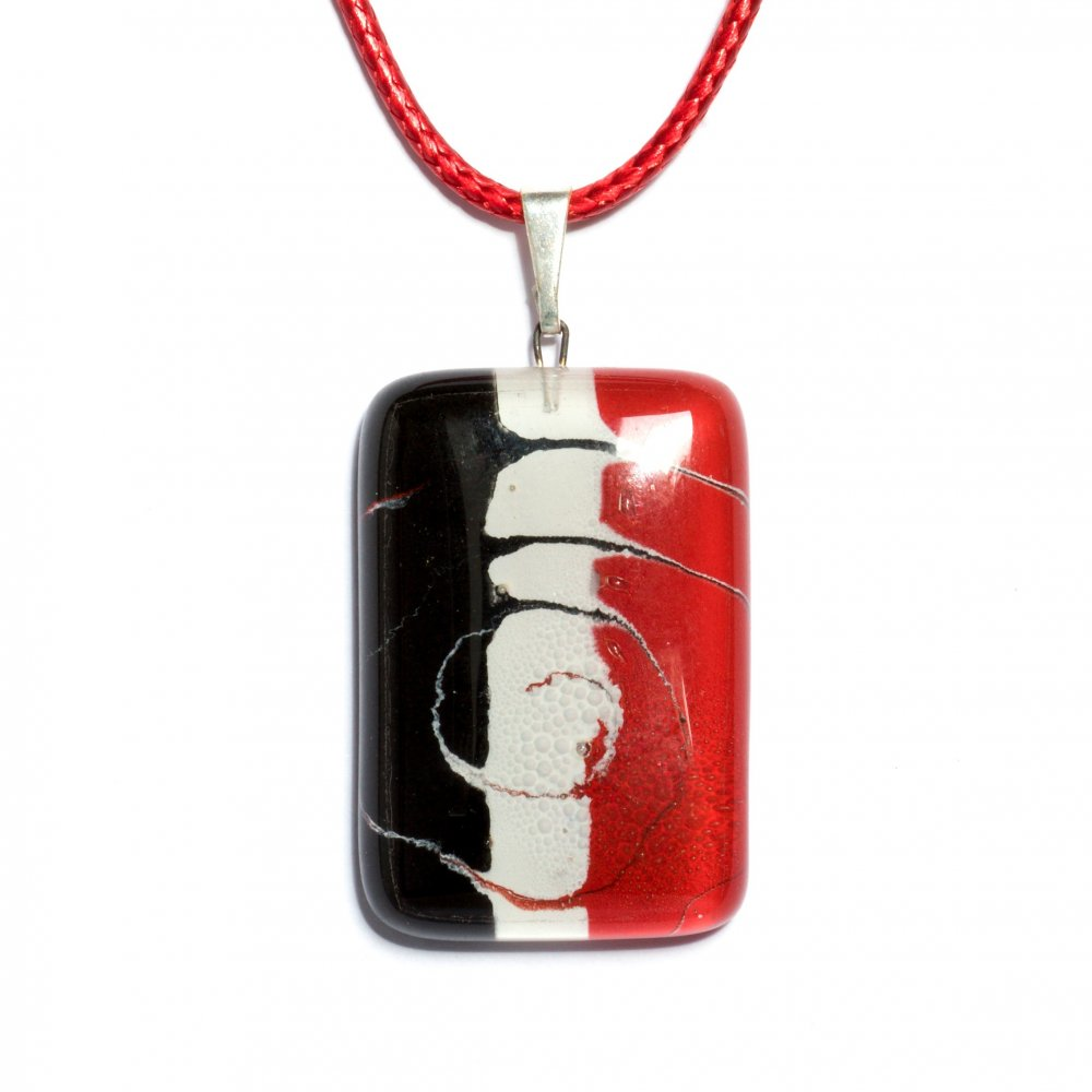 Rectangular glass pendant in red R3D P0908