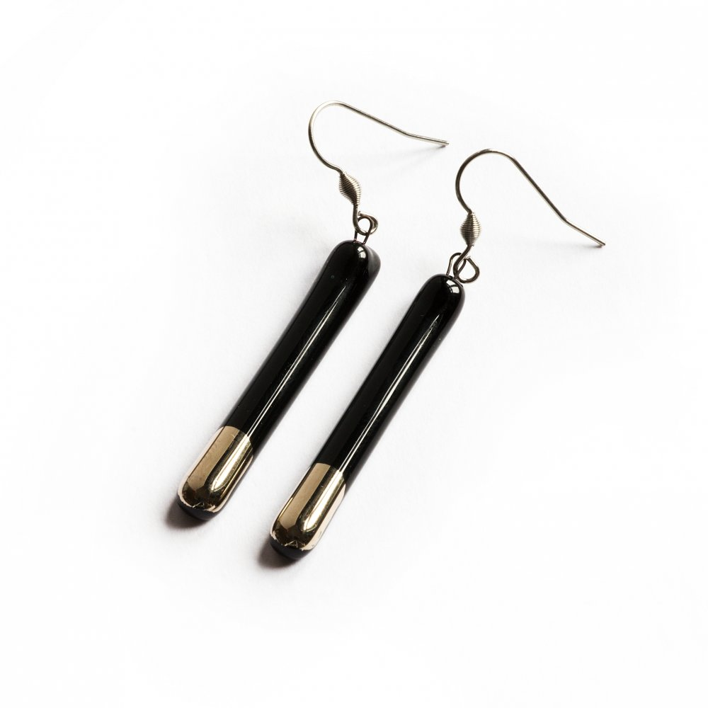 Silver-black glass earrings - rods N5101